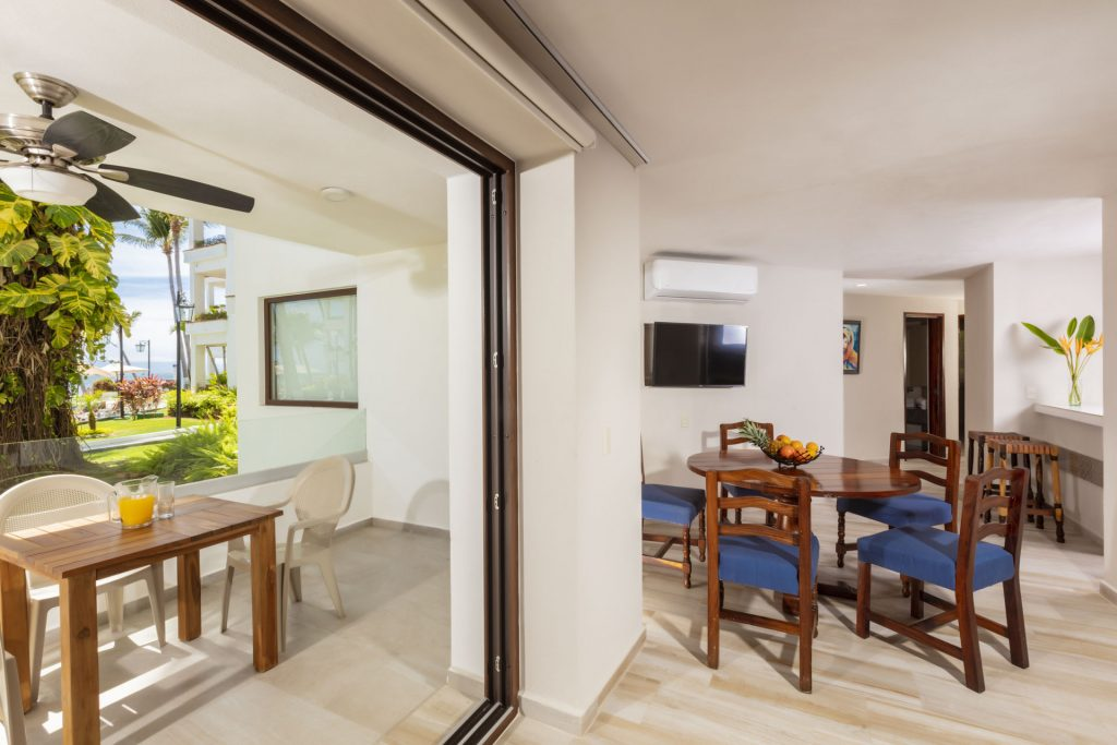 Living Family Suite Deluxe Vista Vallarta Suite Hotel